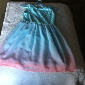 Other - Blue party dress